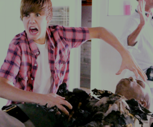 funny and justin bieber image