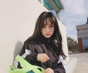 kim hyunjung, cosmic girls, and wjsn image