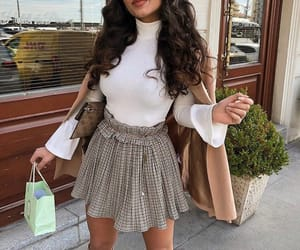 goal goals life, ootd tenue love, and stylish classy look image