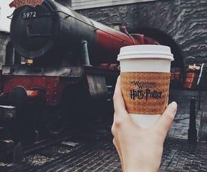 harrypotter, hogwarts, and potterhead image