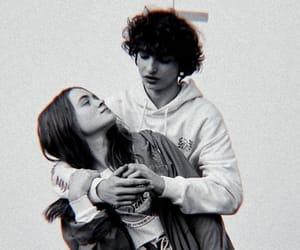 sadie sink, finn wolfhard, and fadie image
