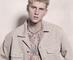 machine gun kelly and ️mgk image