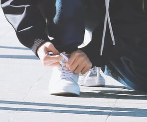 aesthetic, feet, and shoes image