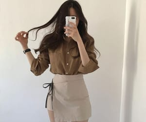 fashion, girl, and pale image