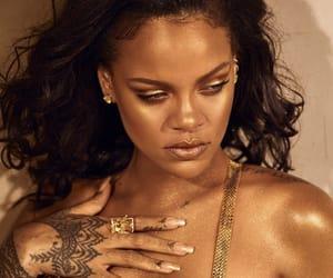 celebrities, glow, and rihanna image