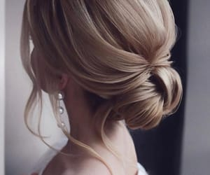 accesories, blonde, and beauty image