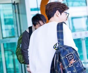 boys, Chen, and baekhyun image