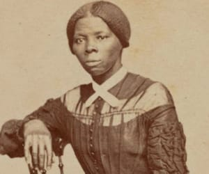portrait and harriet tubman image