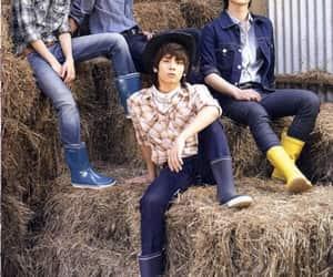 Jonghyun, SHINee, and minho image
