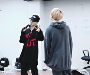 gif, jeon jung kook, and jikook image