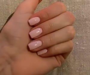 nails, cute nails, and nude nails image