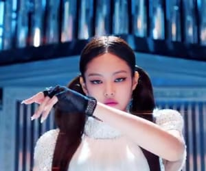 aesthetic, bp, and jennie image
