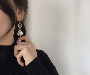 ulzzang, aesthetic, and earrings image