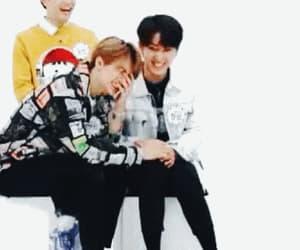 gif, hyunjin, and stray kids image