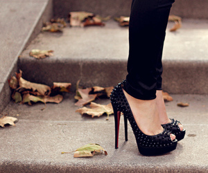 clothes, louboutin, and pumps image