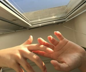 aesthetic, hands, and tumblr image