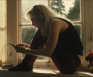 Saoirse Ronan and how i live now image