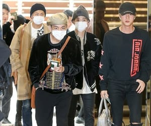 airport, kpop, and bts image