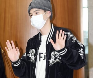 airport, min yoongi, and bangkok image