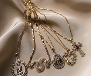 aesthetic, chains, and jewelry image