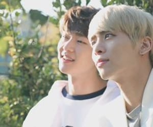 Jonghyun, SHINee, and lee jinki image