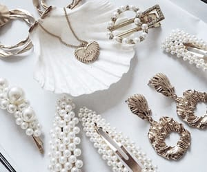jewelry and jewlery image