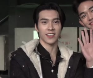 nct and hendery image