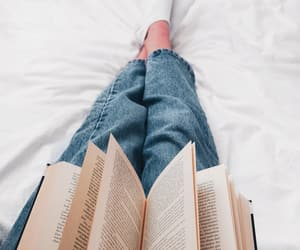 aesthetic, books, and cozy image