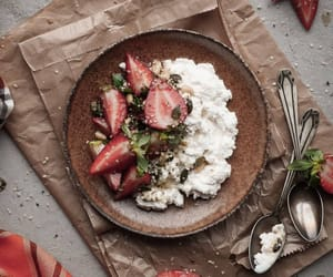 breakfast, cottage cheese, and eat image