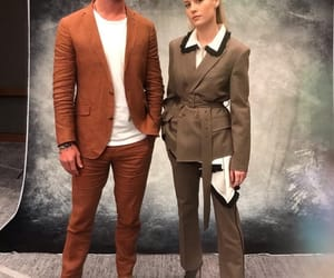 brie larson, chris hemsworth, and Marvel image