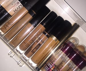 beauty, makeup, and toffee image