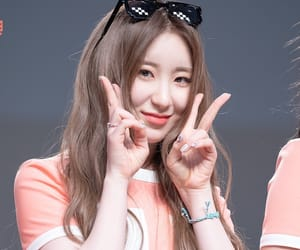kpop, izone, and chaeyeon image