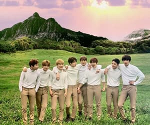 exo, kpop, and wallpaper image