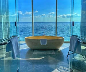 bath, bathroom, and ocean image