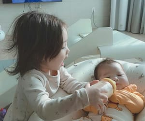 ulzzang kids, ulzzang family, and ulzzang babys image