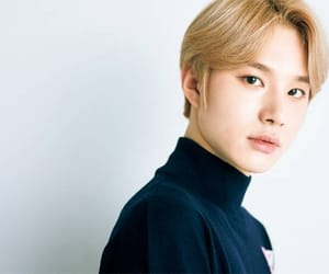 kpop, jungwoo, and idol image