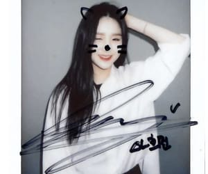 polaroid, heejin, and loona image
