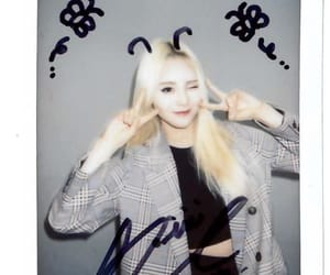 polaroid, jinsoul, and loona image