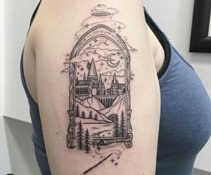 black, castle, and harry potter image