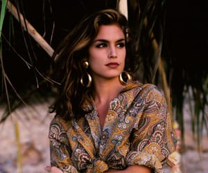 1991, 90s fashion, and cindy crawford image