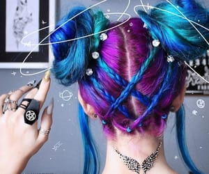 hair, beauty, and purple image