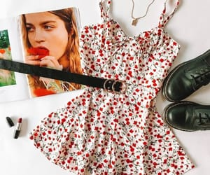 clothes outfits and girly beauty style image