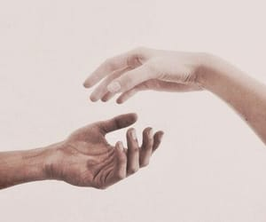 hands, aesthetic, and pale image