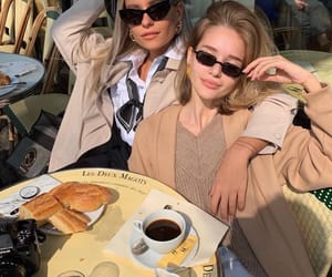 girls, food, and france image