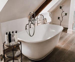 bathtub and autorias image