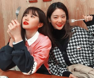 gyuri, fromis_9, and hayoung image
