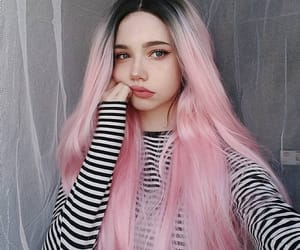 cabelo, colored hair, and pink image