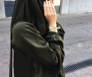 hijab and khimar image
