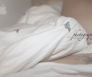 bed, cool, and flowers image