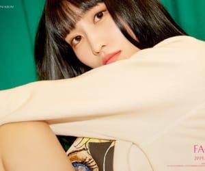 mono, jihyo, and chaeyoung image